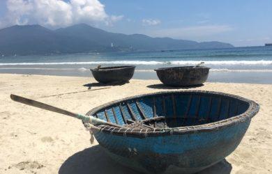 danang beach boat